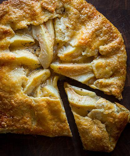 pear-vanilla-hand-tart-011